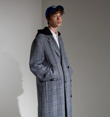 [18FW][70% 세일] Detachable Hood Check Coat (BL)